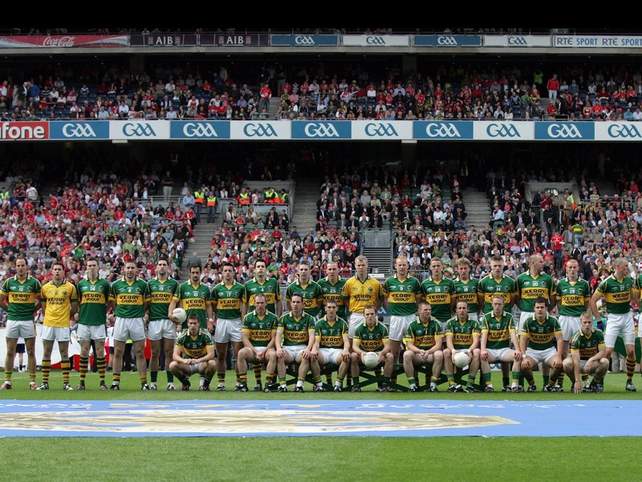 The winning 2009 Kerry football team before throw-in
