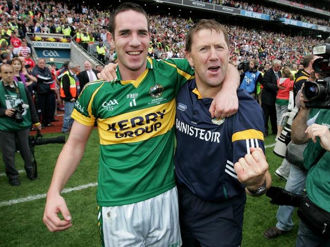 Declan O'Sullivan celebrates with O'Connor