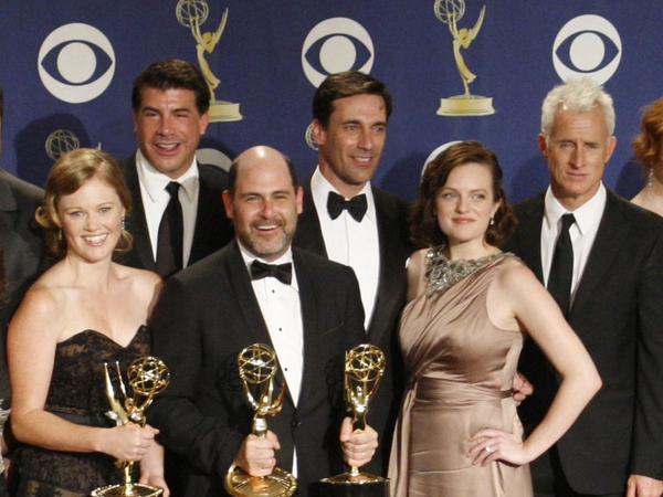 Mad Men - The cast pictured with some of their awards