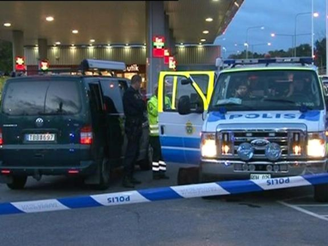Sweden - Police operation hampered by bomb scare