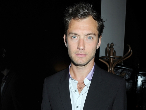 Jude Law - becomes a father again