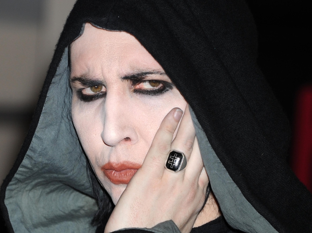 Manson - Goth singer has swine flu