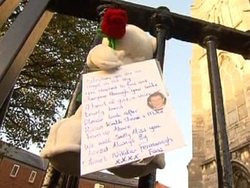 Stephen Gately - Thousands attend funeral mass