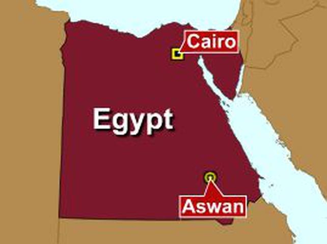 Egypt - Train headed for tourist region