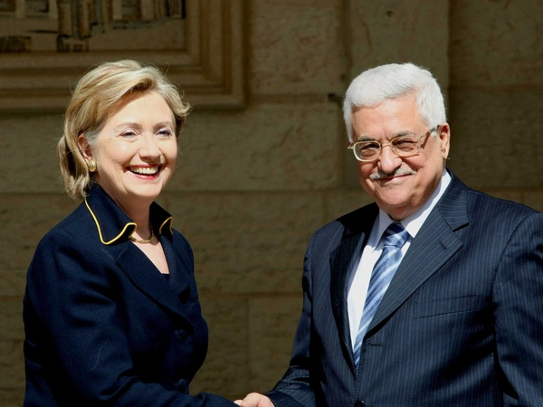 Clinton & Abbas - Fresh attempts to reconvene Middle East peace talks