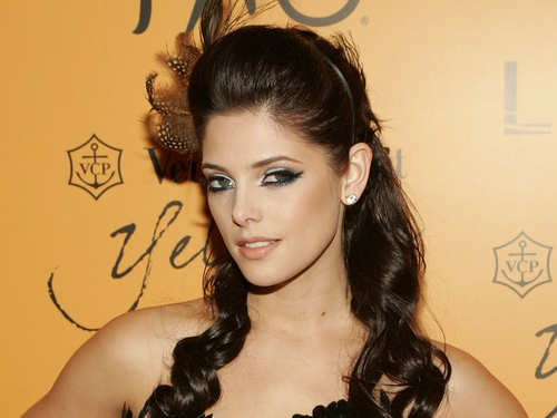 Greene - Gave Bella a prom makeover in Twilight