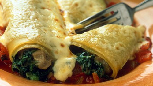 Pancake Cannelloni with Spinach and Four Cheeses