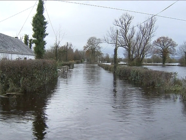 Floods - Galway, Clare & Limerick water supplies contaminated