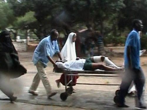 Somalia - Bomb exploded at graduation ceremony
