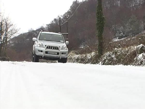 Snow - Dangerous road conditions
