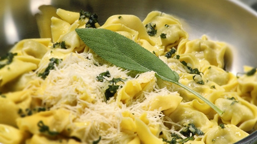 A healthy pasta dish from Dr Eva Orsmond!
