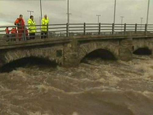 Arklow - Bridge is closed