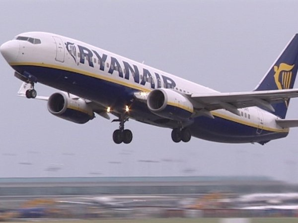 Ryanair passenger - Expensive in-flight meal
