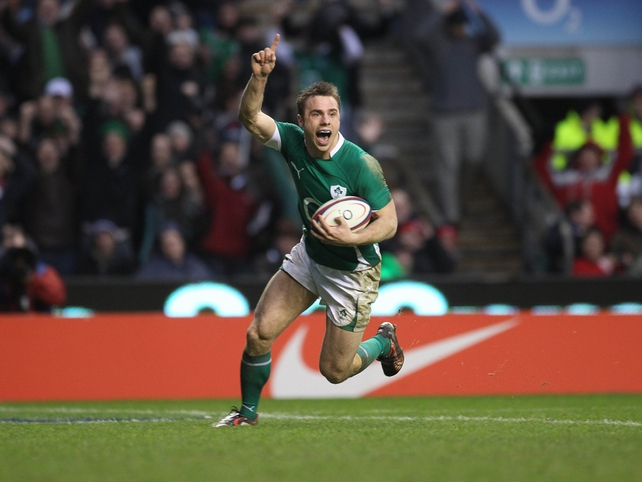 Tommy Bowe scores the winning try against England in this year's RBS Six Nations