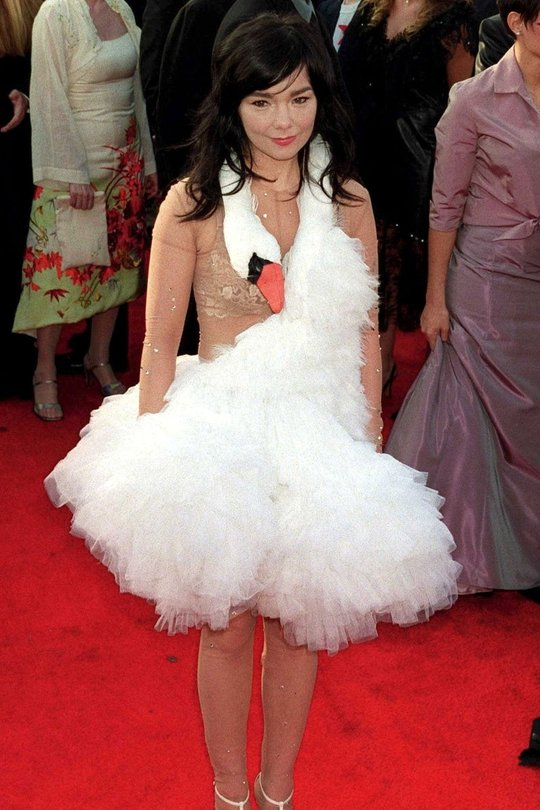 Perhaps the most iconic Oscars dress of all time, for all the wrong reasons, Bjork sported this swan-creation at the 2001 Oscars. She deserves marks for originality, but this look is sheer madness.