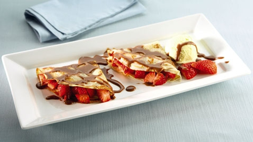 Pancakes with Chilli, Chocolate and Strawberries