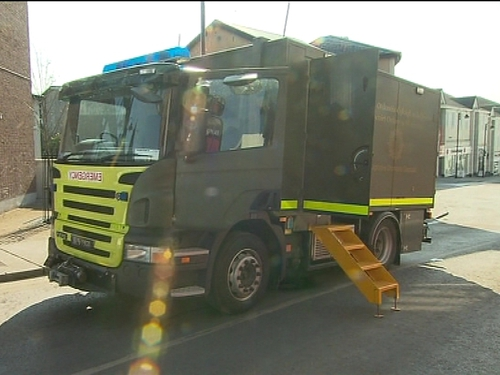 Bomb disposal team - No controlled explosion needed