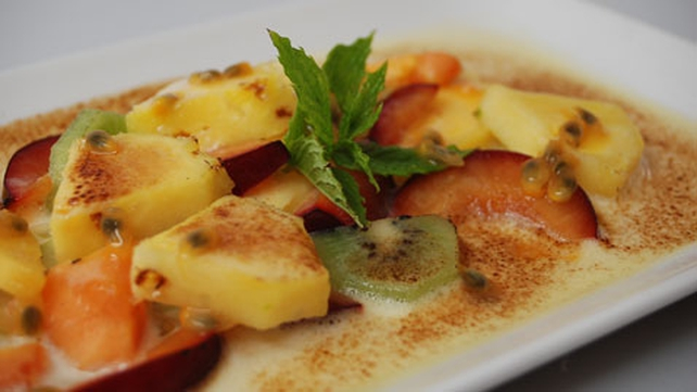 Gratinated Tropical Fruits with Champagne Sabayon