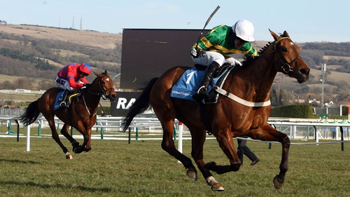 Binocular stormed up the hill to win the 2010 Cheltenham Champion Hudle