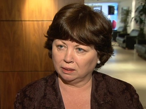 Mary Harney - Full confidence in HSE management