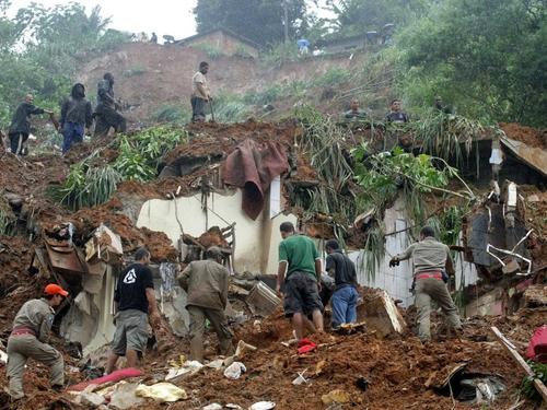 Brazil - 29cm of rain in 24 hours