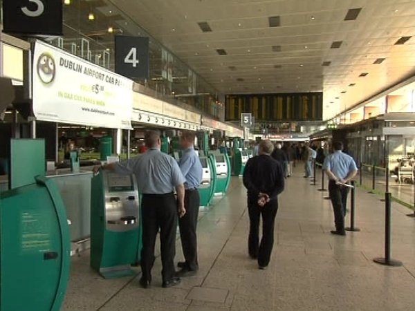 Dublin Airport - Irish airspace closure extended until 1pm Sunday