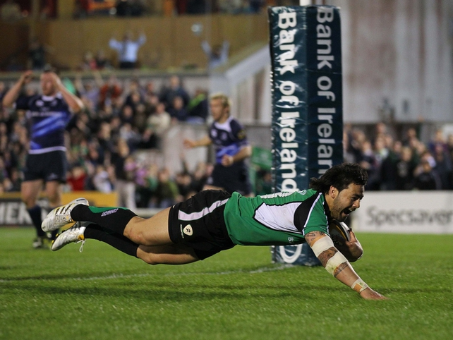 Troy Nathan touches down for a try as Connacht beat Leinster at the Sportsground