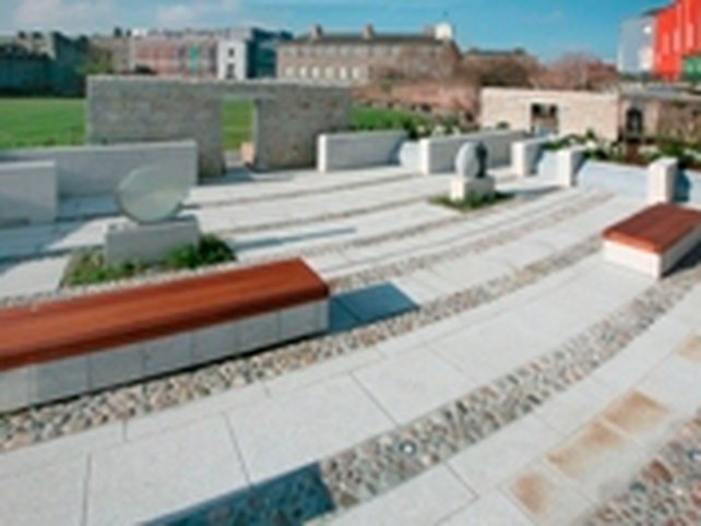 Dublin Castle - Memorial garden for gardaí killed in service
