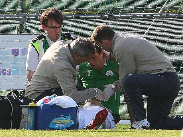 The Ireland medical staff acted quickly to assess Duffy's injury