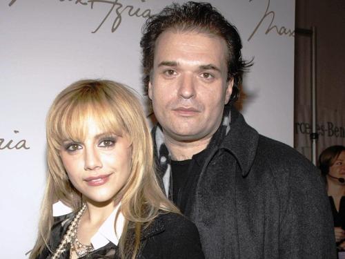 Brittany Murphy's husband dies