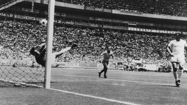 Gordon Banks' miraculous save from Pele
