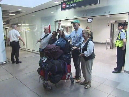 Dublin Airpot - Activists return home