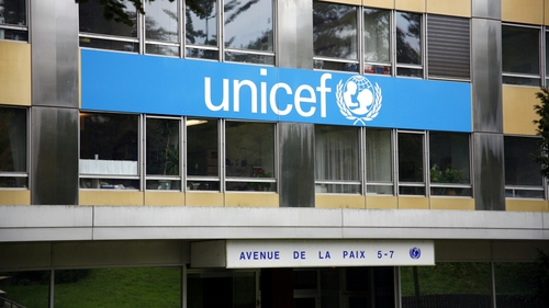 UNICEF report puts the US and the UK among the world's worst performers for youth well-being