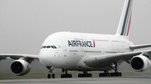 Air France staff today staged a 13th day of walkouts this year