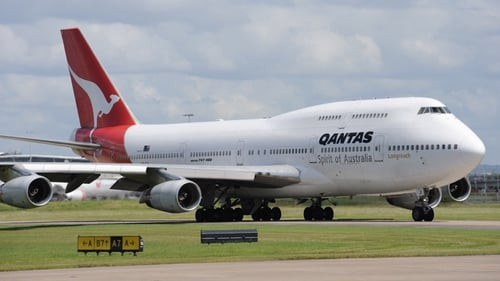 Qantas - Rats found in the emergency medical equipment storage area