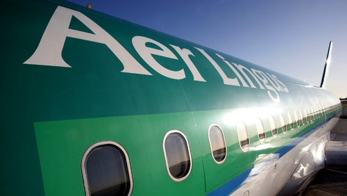 Aer Lingus load factor and passenger numbers ease in April