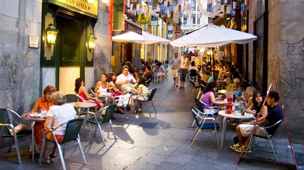 Spain's economy battered by market tensions and high unemployment