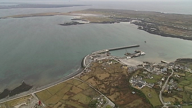 Residents of Inis Mór hit by price hike to travel to mainland