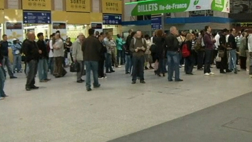 Travel disruption - Thousands of rail and transport workers walk off job