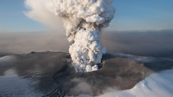 Eyjafjallajokull - April eruption caused disruption to air travel