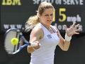 Zvonareva halts Clijsters progress