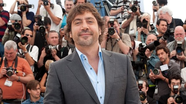 Bardem - Has met with Glee creator to talk about Glee cameo