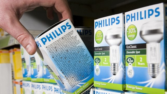 Philips' sales fell 1% to €5.26 billion in first quarter of 2012