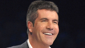 Simon Cowell reacts to Bruce Forsyth criticism live on air