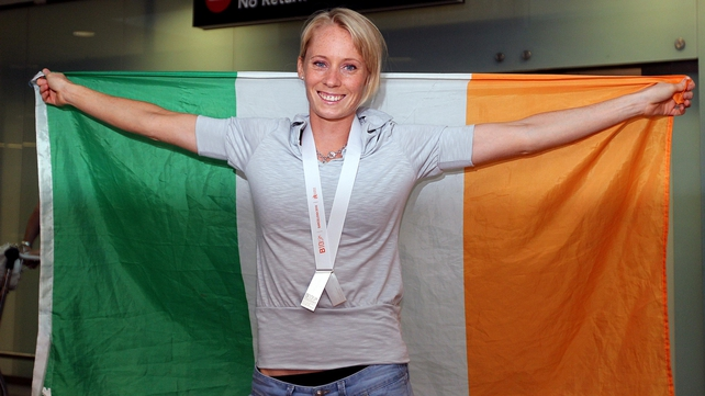 Derval O'Rourke - Met by fans and media at Dublin Airport