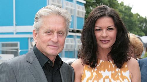 Douglas, Zeta-Jones - The couple took their family to Hawaii