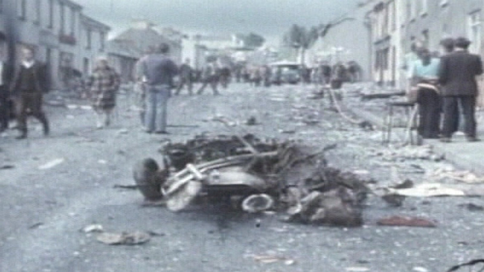 Victims 'angry' at Claudy bomb inquiry suspension
