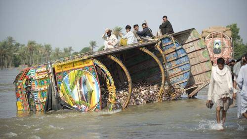 Pakistan - Towns in Sindh province under threat