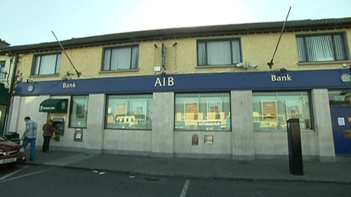 Clondalkin - AIB branch manager's wife abducted