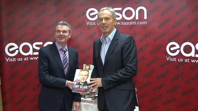 Tony Blair - Signed copies of his memoirs in Dublin